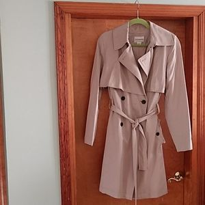 Classic trench coat double breasted with sash belt